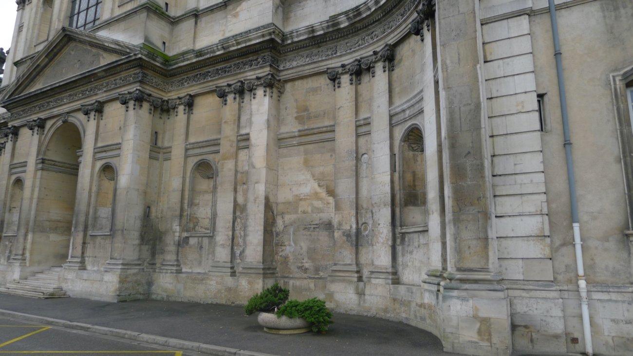 Façade de l'Abbaye des Prémontrés